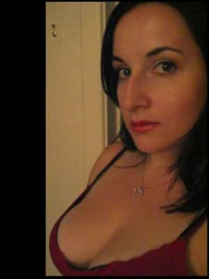 Paula 25 ans sur Rouen cherche un home pour rencontre